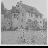 """<p class=""""caption"""">Das Schlössle dient heute als Gemeindeamt von Röthis.</p>"""