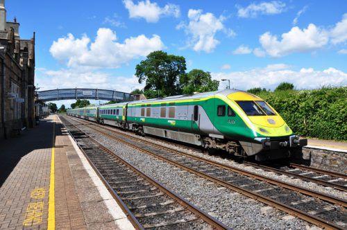 Dass die Eisenbahn künftig ruckel- und pannenfrei durch Irland fährt, dafür sorgt künftig die Rhomberg-Sersa-Gruppe. irish Rail