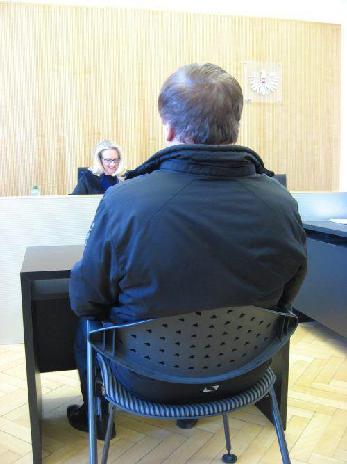 Der Angeklagte beim Prozess vor Richterin Sonja Nachbaur.Eckert