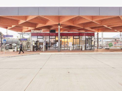 Die Bäckerei Mangold ist im neuen Bahnhofsgebäude zu finden. Gemeinde