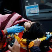 Mädchen aus Trümmern gerettet