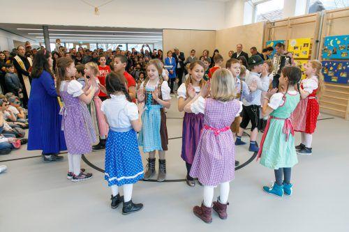 Die Kinder gestalteten die Eröffnungsfeier in Klaus mit. VLK/Hofmeister