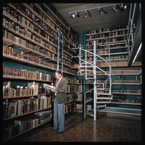Die Landesbibliothek wurde in der Kirchstraße eröffnet. H. Klapper/Landesbibliothek