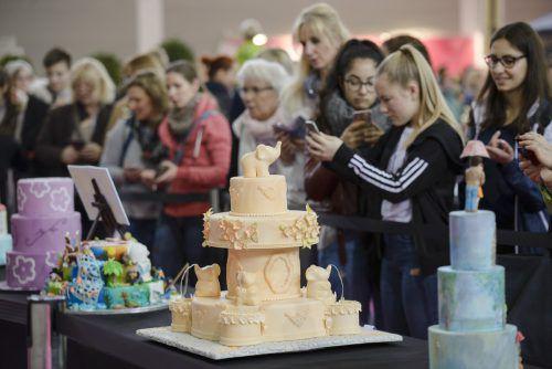 Die Messe Friedrichshafen wartet am Wochenende wieder mit schönen Torten, News rund ums Backen und zahlreichen Profis auf.