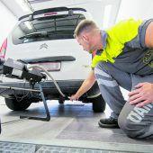 Der Spritverbrauch in Vorarlbergs Autoflotte sinkt noch zu langsam