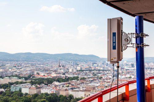 Für den geplanten neuen Standard für mobiles Internet und Mobiltelefonie, 5G, werden mehr Antennen gebraucht. Dieses Modell ist bei A 1 im Test. A1