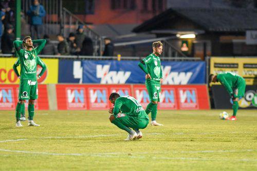 Enttäuschte Gesichter bei den Austria-Spielern nach dem mageren 1:1 im Heimspiel gegen Klagenfurt.gepa