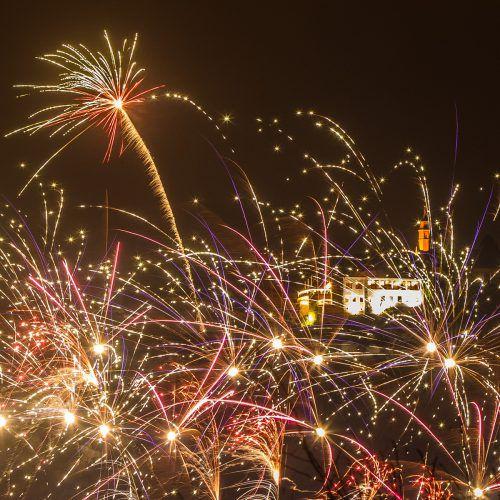 Feuerwerke sind zwar schön anzusehen, allerdings treiben sie auch die Belastung der Umwelt mit Feinstaub enorm in die Höhe.vn/steurer