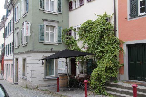 Maurachbund. Das Gasthaus in der Maurachgasse braucht einen neuen Pächter. Nur noch bis Ende April ist Spitzenkoch Heino Huber Wirt.