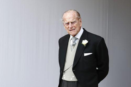 Prinz Philip hat seinen Führerschein schon freiwillig abgegeben. Ap