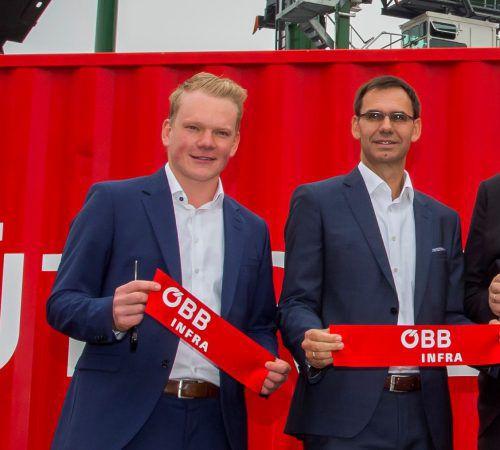 FP-Parteichef Christof Bitschi (l.) zeigt sich gespannt auf ein kulturelles Erlebnis mit LH Markus Wallner. VN