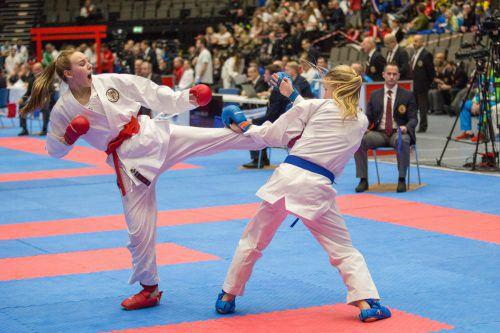 Hanna Devigili gab in allen fünf Kämpfen keinen Punkt ab und wurde in souveräner Manier Europameisterin.Grafoner