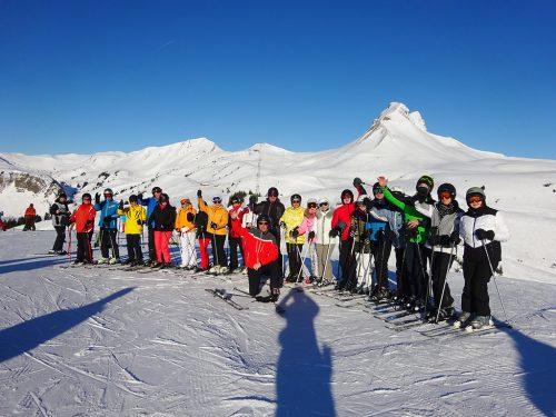 Bei herrlichem Sonneschein verbrachten wundervolle Ski-Tage.vlbg. sb