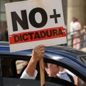 Guaidó als Übergangspräsident in Venezuela anerkannt