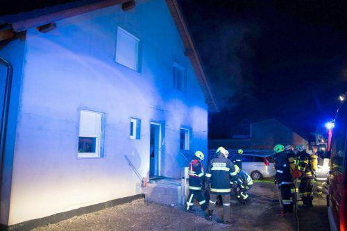 In dem Haus ist in den frühen Morgenstunden ein Brand ausgebrochen. APA