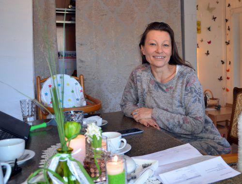 "Karin Kaufmann trifft man meistens im ""Schmetterlinge""-Büro in Hard an. hrj"