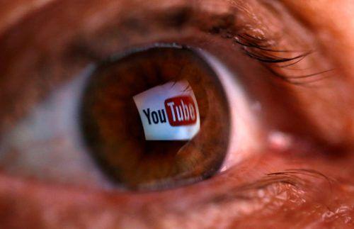 Plattformen wie YouTube sollen stärker in die Pflicht genommen werden. Geschützte Werke müssen lizensiert werden, bevor sie dort landen.reuters