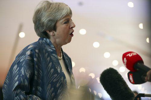Premierministrin Theresa May hofft noch immer auf einen Brexit mit EU-Abkommen. Ap
