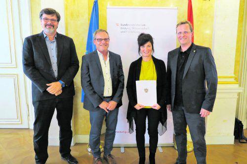 Projektleiter Christian Weiskopf, Christa Giesinger, Dir. Elmar Rümmele und Sektionschef Johannes Baumühlner.