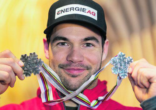 Silber im Super-G und Bronze in der Abfahrt, Vincent Kriechmayr durfte sich als einziger Speedfahrer in Aare zwei Medaillen umhängen. apa