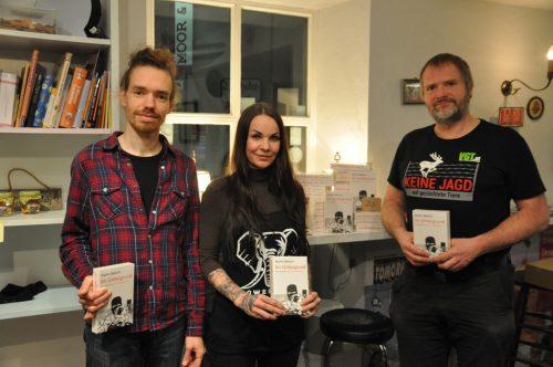 Tobias Giesinger (VgT Vorarlberg), Sandy P. Peng und Martin Balluch.lai
