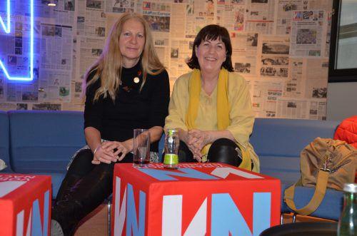 """Vindex-Chefin Eva Fahlbusch und Mechtild Bawart, die gemeinsam mit Oswald Wolf """"Uns reicht's"""" vertrat, sprachen mit den VN. VN/HRJ"""