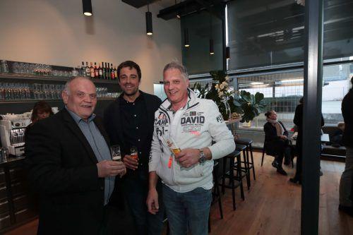 Walter Isenberg, Lukas Dorner und Hanno Kleinbrod feierten mit.