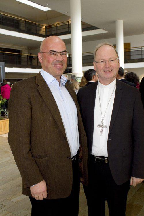 Andreas Weber und Bischof Benno Elbs.