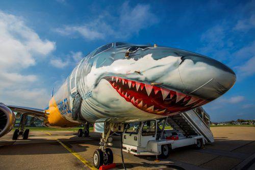 Aufsehenerregend war der Embraer-Flieger, der in Altenrhein präsentiert wurde.VN/RP