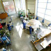 Stahlbauer braucht Platz für Kunststoffproduktion