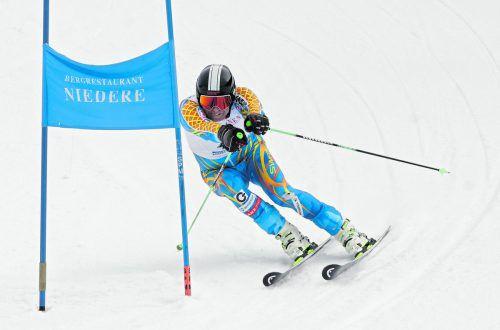 Bernhard Hager (großes Bild) feierte nach 2002, 2007, 2008 und 2012 seinen fünften Triumph in der Jahreswertung. Claudia Juen (oben) konnte sich nach 2016 und 2018 zum dritten Mal in die Bestenliste der Gesamtwertung eintragen.Kolb