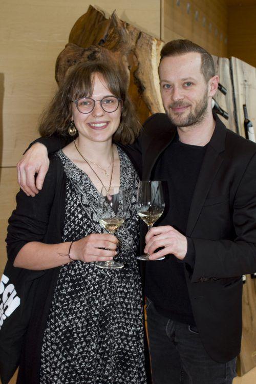 Claudia Tomaschett (Bunt) und Daniel Traunig (Buntergrund).