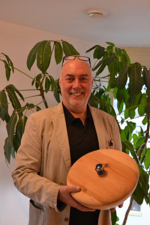 Das Arbeiten mit dem Werkstoff Holz ist für Manfred Reichl Ausgleich, Hobbyund Herausforderung zugleich. BI