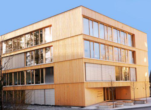 Das neu gebaute Studentenwohnheim in Hohenems. Stadt