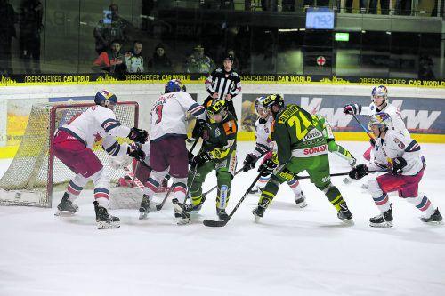 Der EHC Lustenau gewann in der Rheinhalle auch das dritte Heimspiel in der Play-off-Serie gegen Salzburg, stellte in der Serie den Ausgleich her.Hartinger