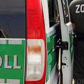 Zoll und Polizei kontrollierten Nagelstudios