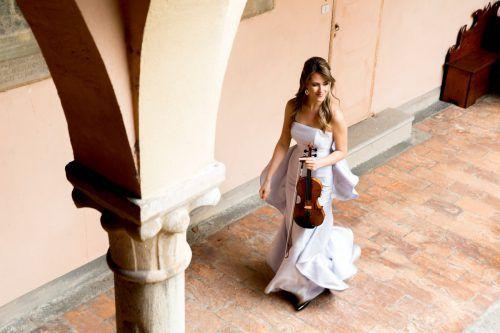 Die junge Geigerin Francesca Dego agiert heute als Solistin beim Bregenzer Meisterkonzert mit dem Orchestra della Toscana. FRANCESCA DEGO