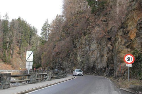 Die Kleinsanierung der Mittelschule Schruns-Dorf sowie Steinschlagschutzprojekte sind im Budget berücksichtigt.STR