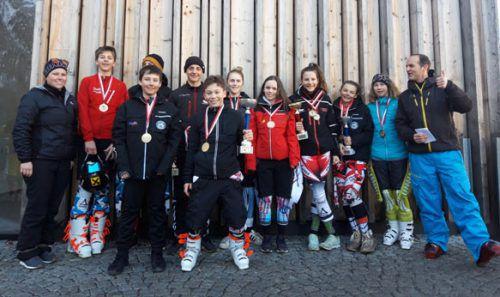 Die Nenzinger Sportmittelschüler präsentierten sich bei den Schul-Olympics-Ski-Alpin in Mellau geschlossen stark. EM