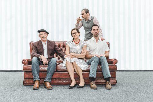 """Die Theatergruppe Hohenweiler präsentiert das Stück """"Vergiss mein nicht"""". Premiere ist am kommenden Samstag, 23. März."""