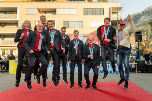 Die Vorarlberger Special Olympics Delegation wurde nach den erfolgreichen Sommerspielen in Abu Dhabi empfangen.VN/Stiplovsek