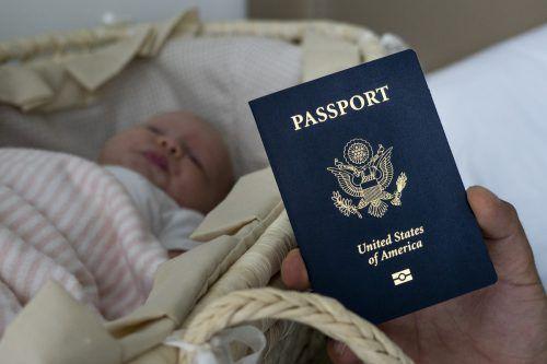Ein amerikanischer Pass kann für russische Kinder viele Vorteile bringen. afp