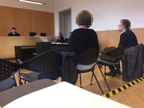 Eine Frau und ein Mann aus deutschen Landen, die sich in Bregenz in die Haare geraten waren, trafen sich am Landesgericht Feldkirch wieder. VN/gs