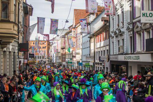 Eine Hauptstadt voller Narren war gestern Bregenz. Nicht nur beim prachtvollen Umzug wurde zünftig gefeiert. VN/Steurer