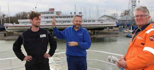 Keine Sprachprobleme – Pieter Goudrian und seine Kollegen aus Holland kommentierten die Testfahrt kurz und bündig mit dem Victory-Zeichen.