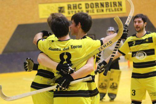 Freude beim Rollhockeyclub über den hohen Heimsieg.RHC