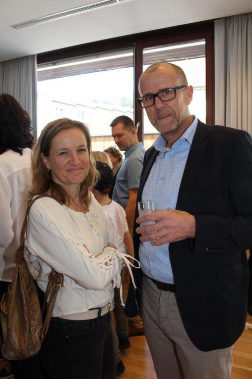Gerlinde Wiederin und Walter Gohm waren ins Haus der Begegnung gekommen.