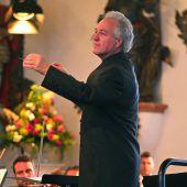 Maestro Manfred Honeck leitet Jubiläumssaison in Wolfegg