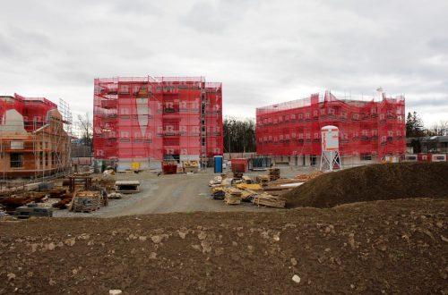 Im Bäumle-Quartier bietet die Wohnbauselbsthilfe 19 gemeinnützige Wohneinheiten an – rechts außen das besagte Objekt. bms