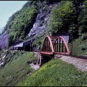 Zerstörung der Schanatobelbrücke